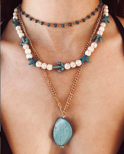 Beads necklace layering