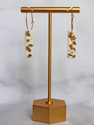 Golden Touch Earrings white with golden leaf sparkles