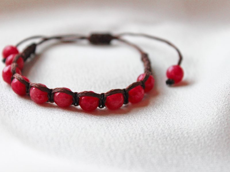 Red Jade Macrame Bracelet close up