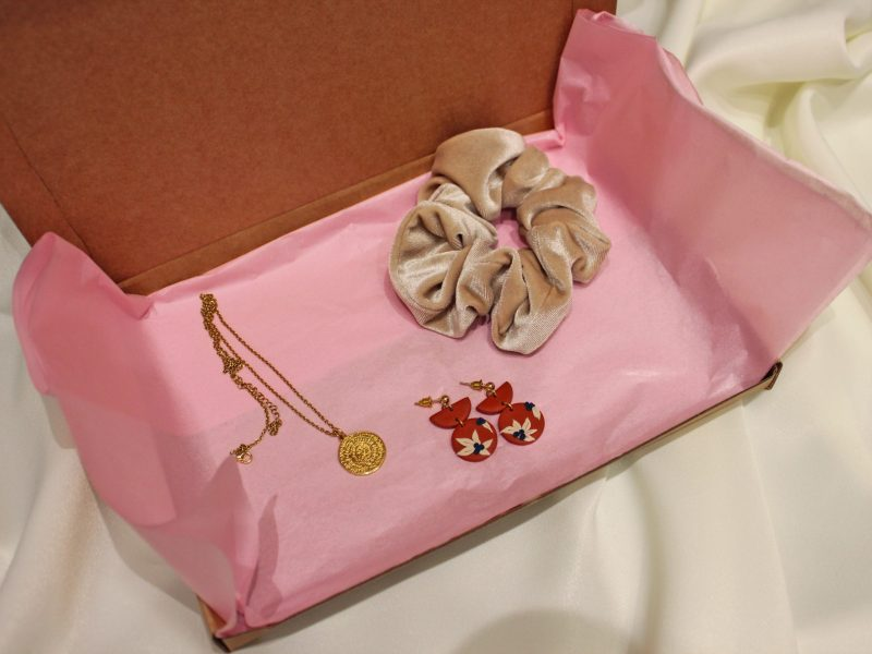 Statement gift box